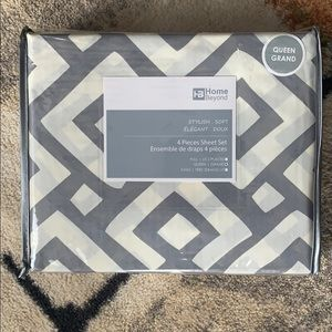 Queen Size Unopened 4-Piece Polyester Sheet Set